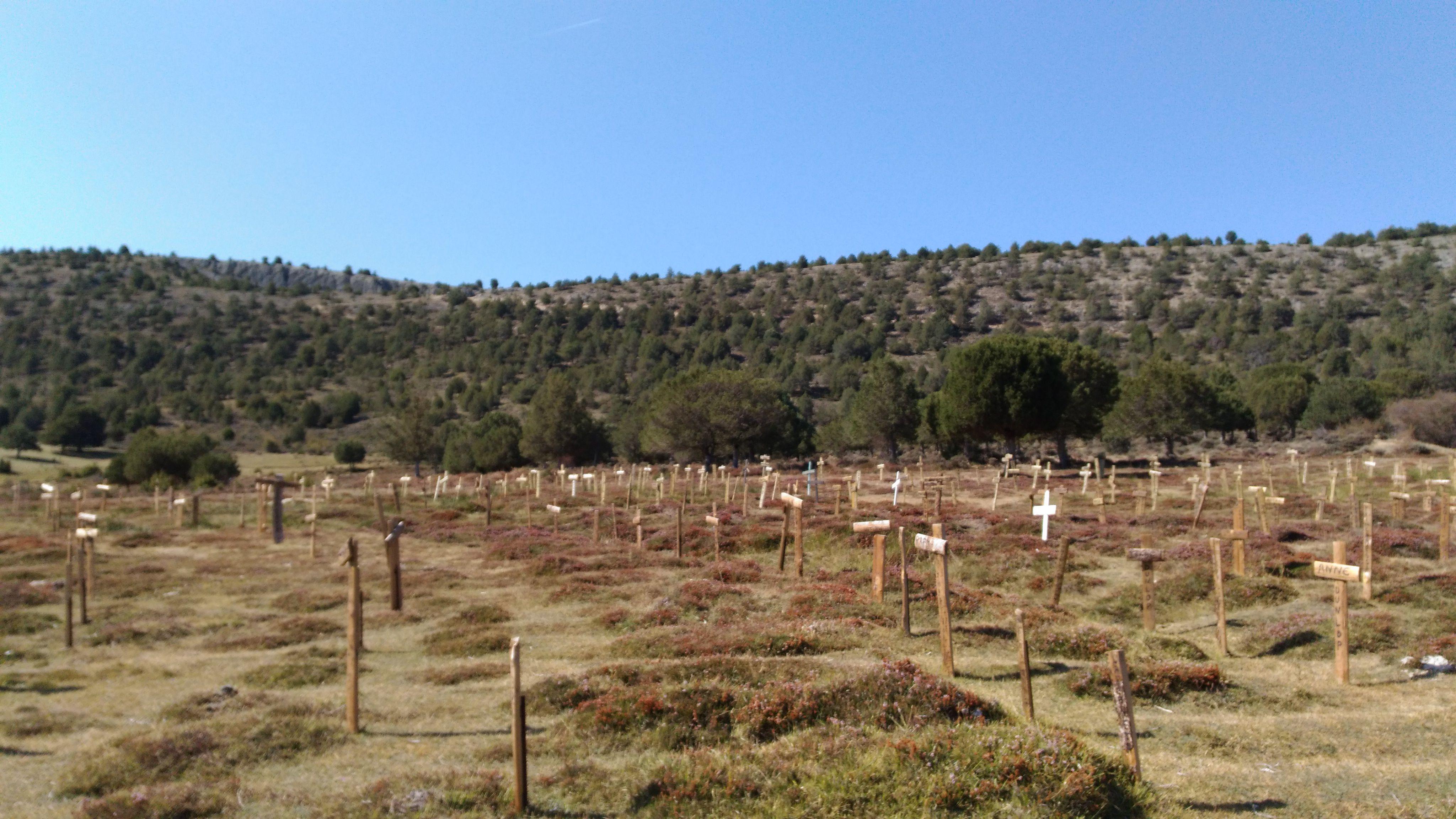 Sad Hill ve mezarları